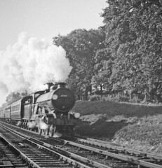 32421 SOUTH FORELAND approaching Wivelsfield with the 0932 Brighton to Wolverhampton 14 Oct 1955