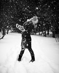 Rn I (.:: Tomz ::.) Tags: snow nature canon nttra febrar 2010 snjr tomz elliardalur rn canon35mmf14l canon1dsmarkiii wwwtomzse tomaszrveruson tomztomzse