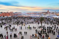 La Place Jemaa El Fnaa au coucher du soleil (Brestitude) Tags: sunset place morocco maroc marrakeck jemaaelfnaa d700 brestitude