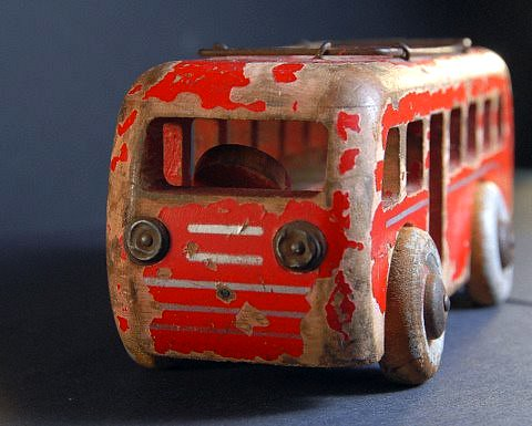 728:   Battered Old Toy Bus