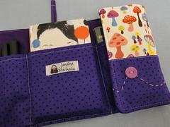 Bag organizer - Purple Mushrooms (Jana_Machado) Tags: stitching cutebag bolsapatchwork organizadordebolsa bolsaartesanal bagorganizer