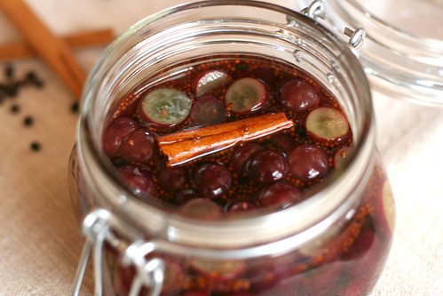 Pickled Grapes 1