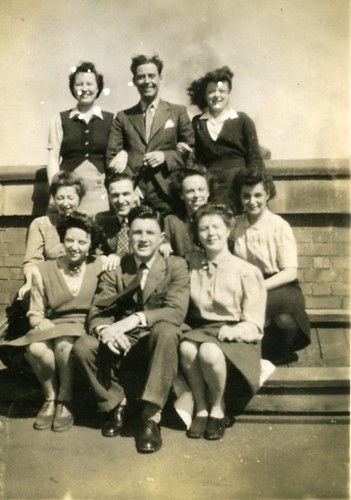 Templetons Workers group shot,1947