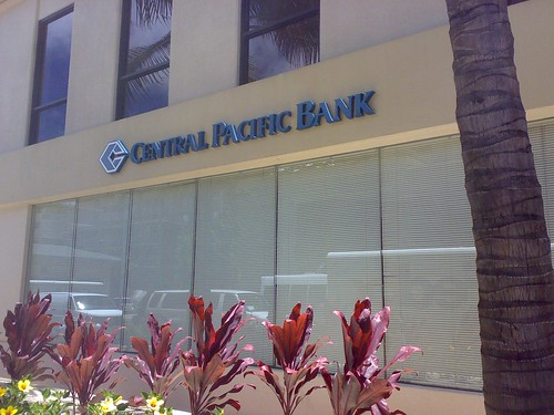 Central Pacific Bank, Waikiki branch