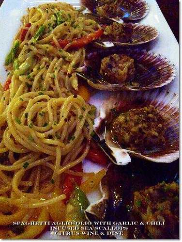 Spaghetti Aglio Olio with Scallops