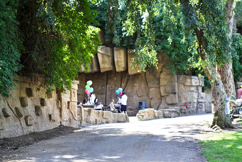 offbeat frontier: old LA zoo