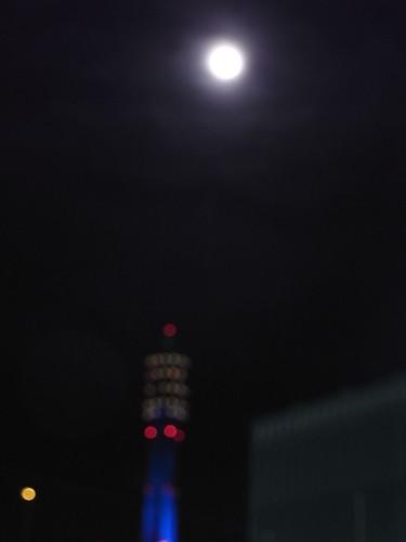RIMG1463 満月 Yokohama Japan