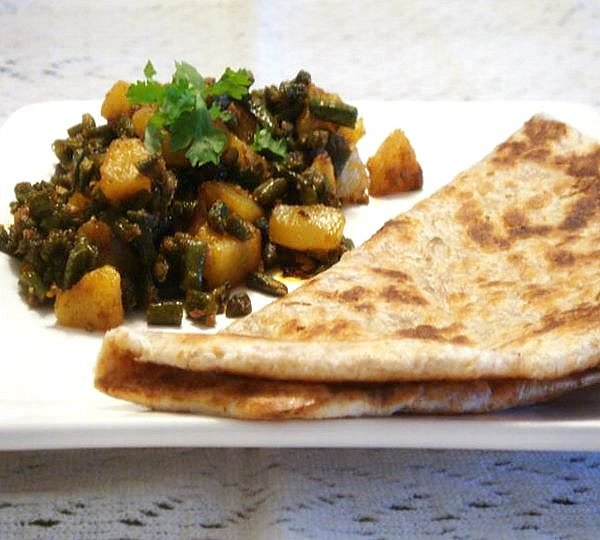 green-french-bean-potato-curry