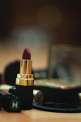 Picture 4423 (Aih.) Tags: makeup 85mm lipstick 18 chanel