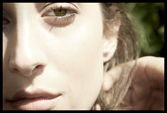 The eyes have it... (kingpinphoto) Tags: portrait outdoors beautifulwoman springtime 2010 amazingeyes joeldidriksen kingpinphotocom