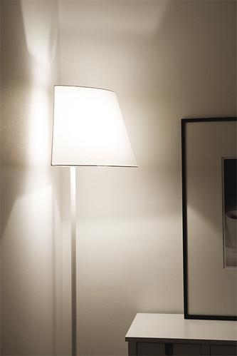 corner lamp 1