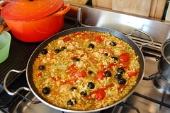 Almost-vegetable paella