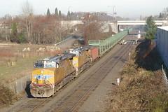 UP5632+5618_railtrain
