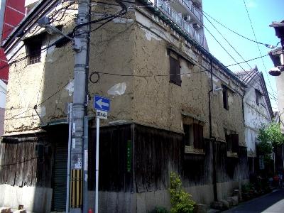 菅原町の土蔵
