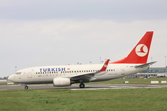 Turkish Airlines Boeing 737-700 TC-JKK