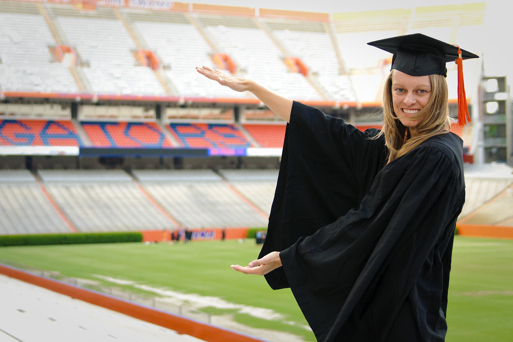 Amazing Uf Bookstore Cap And Gown Picture Collection - Wedding ...
