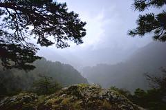 Andorra la Vella i Escaldes des de Engolasters en plena tormenta