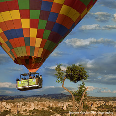 Flight to Fairyland (fesign) Tags: turkey landscape hotairballoon province cappadocia dreamscape anatolia kapadokya nevehir balloonaircraft