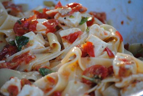 checca-sauce (4)