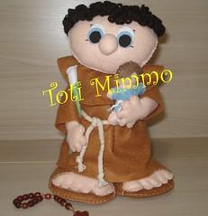 Santo Antnio (Toti Mimmo by Dani Heinemann) Tags: boneco felt lrio casamento feltro boneca menina menino santo presente maternidade tric santoantonio lembrancinhas lembrancinhasdebeb sapatinhosdebeb