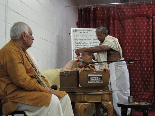 Sankarsana Prabhu visit ISKCON Scarborough -0016 por ISKCON desire  tree.