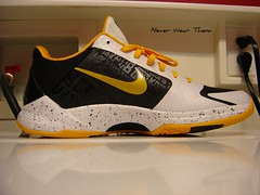 Nike Zoom Kobe 5 id (Never Wear Them) Tags: black sol basketball yellow del shoe shoes zoom 5 air id nike v kobe greatest bryant ever speckles nikeid zkv zk5