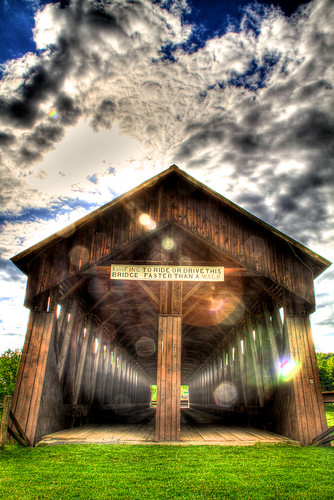 "Old Covered Bridge • <a style=""font-size:0.8em;"" href=""http://www.flickr.com/photos/20810644@N05/4647088294/"" target=""_blank"">View on Flickr</a>"