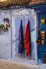Rugs on display by a shop in the Chefchaouen Medina (Tom Hanslien Photography) Tags: ex arabic morocco independent arab maroc islamic almaghreb kingdomofmorocco frenchcolony royaumedumaroc frenchprotectorate thewesternkingdom royalkingdomofmorocco