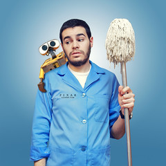 When I grow up. Cleaner at Pixar. (J0R63) Tags: boy portrait selfportrait man guy me canon fun funny retrato yo pixar chico cleaner autorretrato hombre ef2470mmf28lusm divertido fregona walle limpieza 2470 whenigrowup canoneos5dmarkii