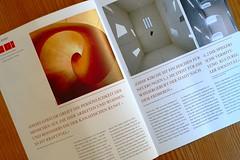 デザインの優れた雑誌の一ページ