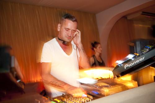 Fat Tony, guest DJ for Vibe Up at Aura