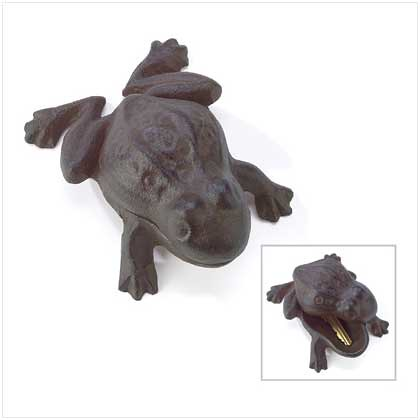 39055 Garden Frog Key Hider $12.95