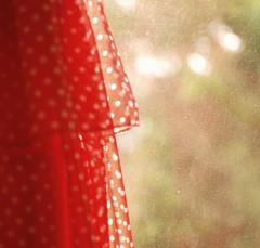 [ 9  \ 45 ] (Ebtesam.) Tags: red sun 35mm project day dress 9 45 abdullah ebtesam niond40x