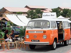 Volkswagen Media Drive - Coffee bar