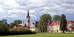 Steinheim am Main (wernerfunk) Tags: hessen landschaft architektur