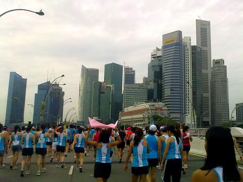 Singapore: Standard Chartered Singapore Marathon 2009 @ Song About Jen