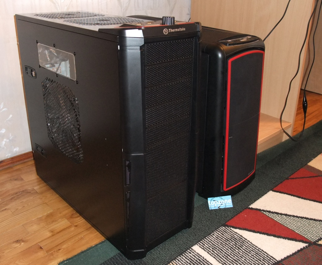Thermaltake Element V: full tower korpusas