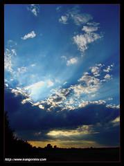 I walked in the Land of Clouds / Felhőországban jártam (FuNS0f7) Tags: sunset summer hungary szolnok sonycybershotdscf828 the4elements alcsisziget