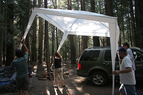 Assemblying the Canopy