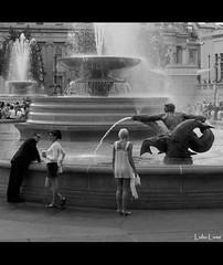 Fountain (Lulu-Luxe) Tags: street people bw fountain square trafalgar trafalgarsquare cinematic lumixg1 lululuxe