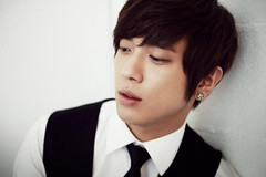 Jung YongHwa he.. (1) Tags:    me2photo  me2  20