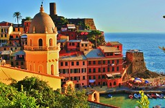 Vernazza,Cinque Terre (Christine Roseberry) Tags: travel blue houses sea vacation italy sun color water rocks riviera liguria terre cinqueterre