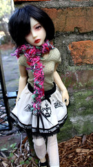 sCrazyScarf1 (Tuvie) Tags: doll knit aurora mio bjd dollfie narae narindoll