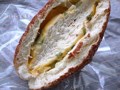 六福麵包三星蔥斷面