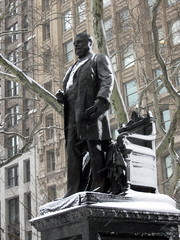 Chester Arthur Statue - Madison Square Park - Snow in NYC (David Berkowitz) Tags: nyc newyorkcity snow statue snowfall madisonsquarepark