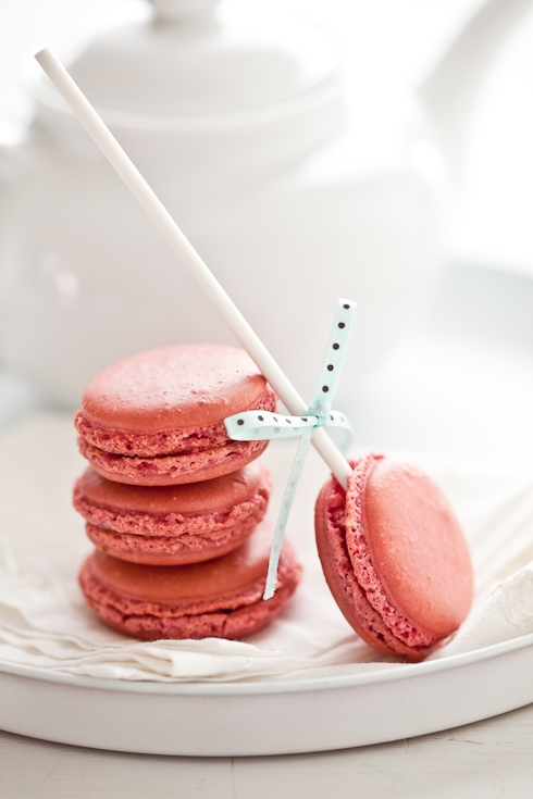 Raspberry Macarons Lollipops