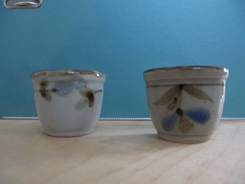 egg cups one