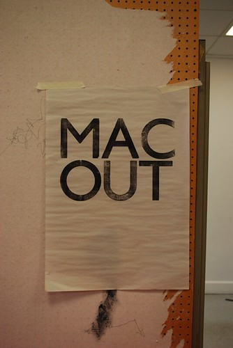 mac out