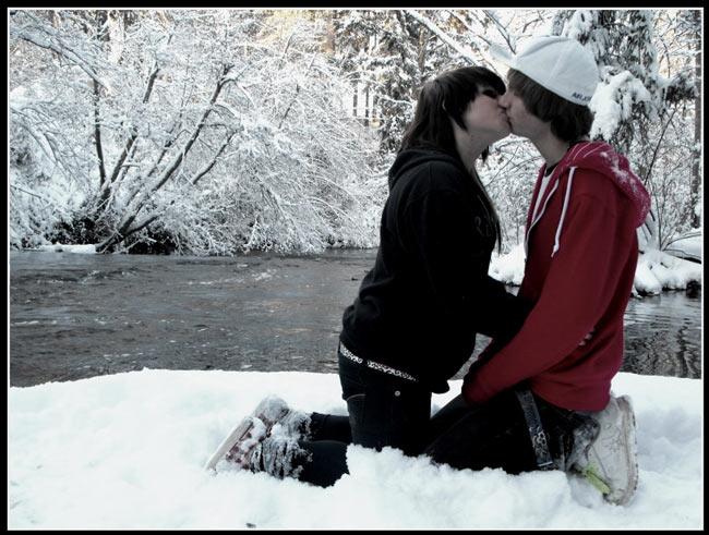 Kissing My Snow Man - by Presspanic