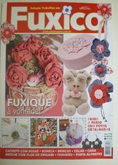 Mais um destaque na capa!!! (Lilian Nobumitsu Leão) Tags: handmade artesanal botão fuxico pap tecido agulheiro kansashifuxicobotãopaprevistaartesanatoyoyohandmade